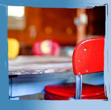 course ein tisch ist ein tisch kurzgeschichte. Black Bedroom Furniture Sets. Home Design Ideas